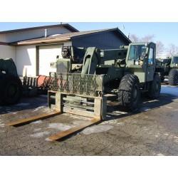 M LULL 10K Telescopic Forklift